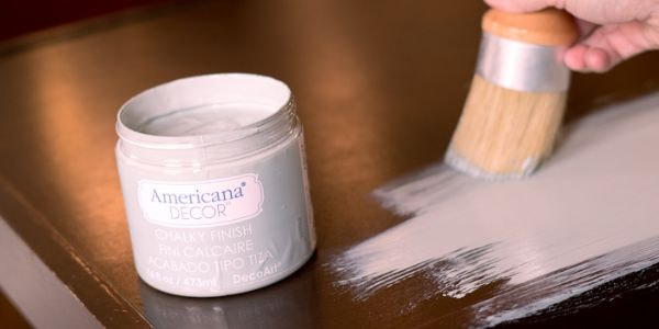 How To Get a Smooth Finish With Chalk Paint